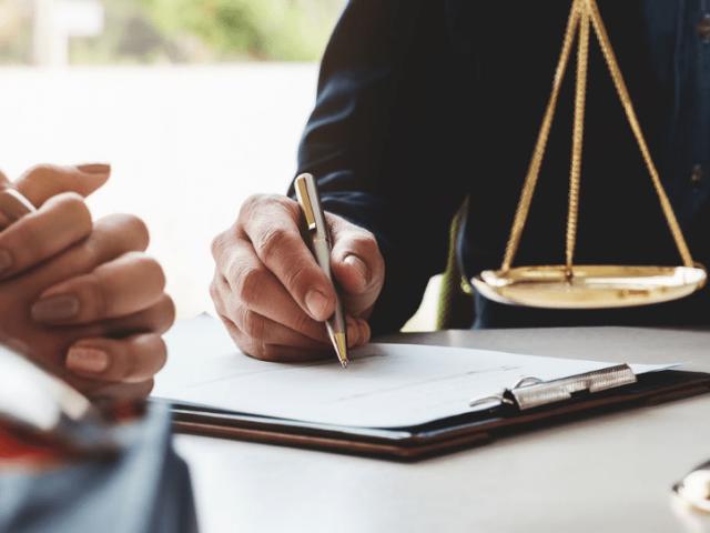 https://rpadoanadvogados.com.br/wp-content/uploads/2020/07/assessoria-juridica-blog-r-padoan-advogados-min-640x480.png
